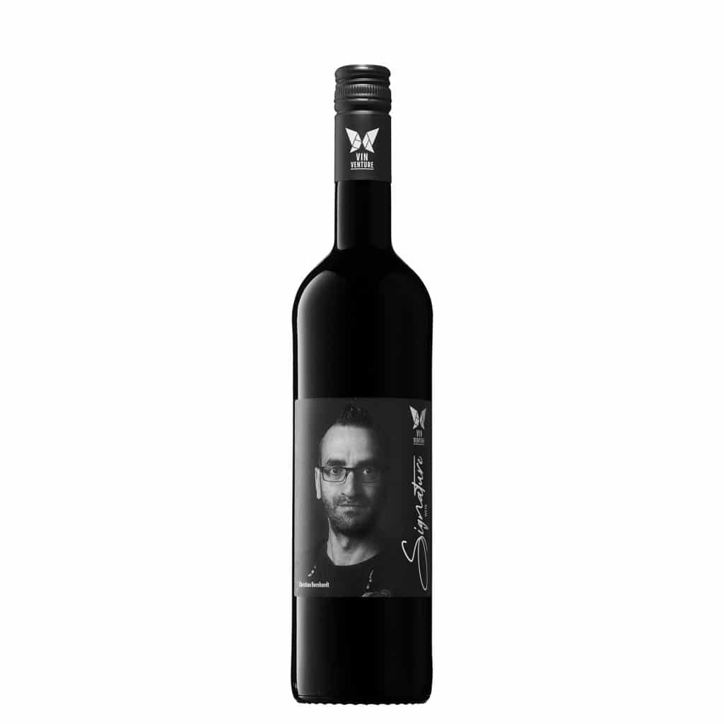 Red, red wine Syrah